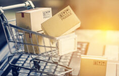 Four Holiday Optimizations Your eCommerce Site Needs for Q4 logo