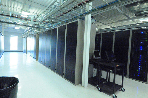 a2 hosting review and data centers